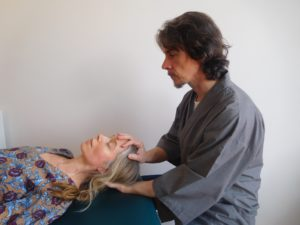 Craniosacral therapy in Glasgow at a clinic by Steven Rutherford